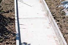 Garden path and curbing